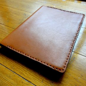 皮革:牛革A5サイズ手縫い手帳カバー