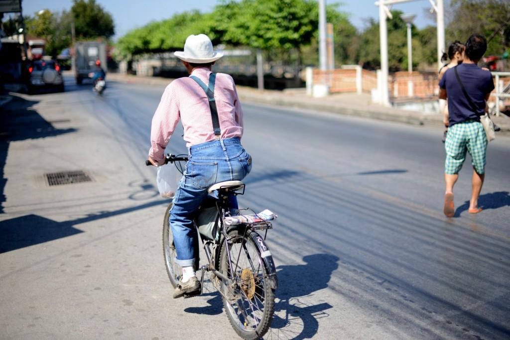 2013ランパーン/自転車のおじさん