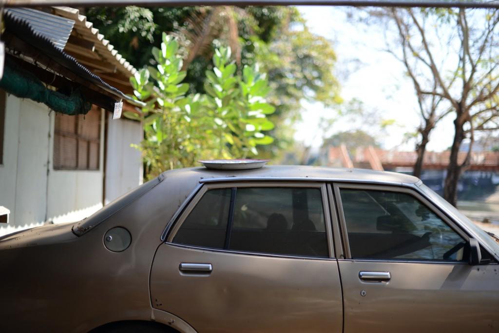 2013ランパーン/車の上の干し飯