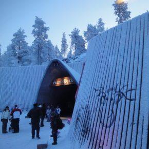 到達地点:フィンランド/ロバニエミ/サンタクロース村