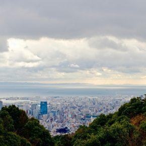 雨の後の神戸